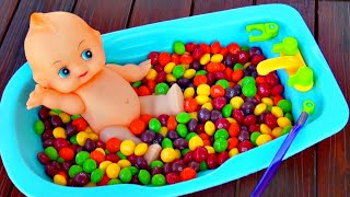 Baby Doll Bathtime Skittles Candy baby doll bath fun pretend play Bath Toy Video FluffyJet