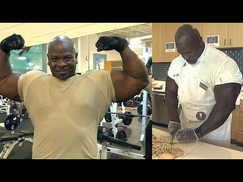 Meet the Musclebound Army Veteran Who's Now a Chef at the White House