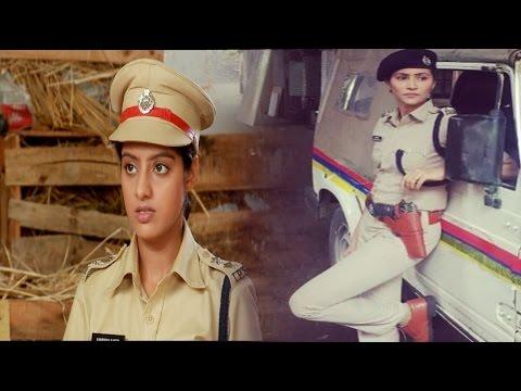 Xxx Mp4 लो आ गई संध्या की एक और नई दूश्मन Diya Aur Baati Hum Sandhya To Be Insulted In Police Station 3gp Sex