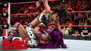 Bayley gets payback against Sasha Banks: Raw, April 2, 2018