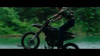 xXx: Reactivated | Clip en exclusiva: persecución en moto | Paramount Pictures Spain