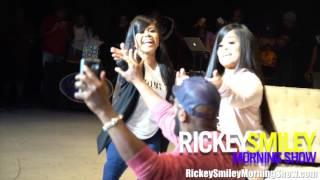 The Tiny Twins (Amanda & Andrea Salinas) Twerk For Rickey Smiley!