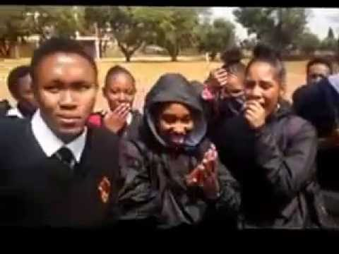 Rap battle at school freestyle SOUTH AFRICAN 100% FIRE***********