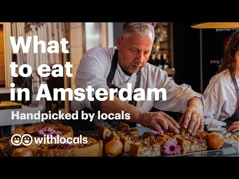 The 10 things to eat in Amsterdam WHAT & WHERE to eat by the locals 👫🧀 Amsterdam cityguide