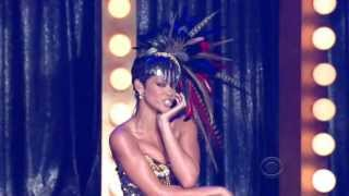 Rihanna Sexiest Live Performance Ever More Than Miley Cyrus Twerking VMA 2013