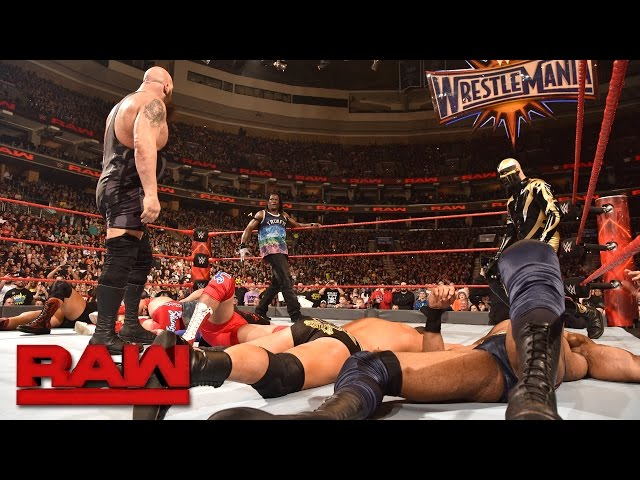 Big Show vs. Jinder Mahal - Over-the-Top-Rope Challenge: Raw, March 27, 2017