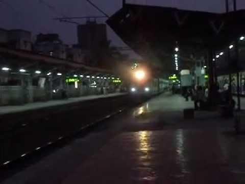 IRFCA - 59023- Mumbai Valsad Passenger with Churchgate Local.