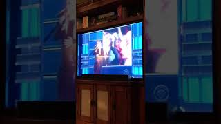 Reba and Kelly clarkson sing dose he love you ACM'S 2018