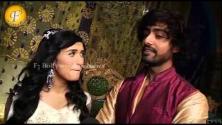 """Razia Falling in Love With Altunia """"Razia Sultan"""" On Location"""