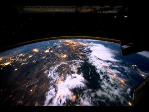 What does it feel like to fly over planet Earth