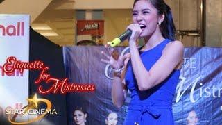 Kim sings her hit single Darating Din on 'Etiquette For Mistresses' mallshows