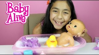 baby alive doll bath time doll review and play b2cutecupcakes. Black Bedroom Furniture Sets. Home Design Ideas