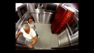 El ataúd en el elevador HD -BROMA CON UN MUERTO EN EL ASCENSOR -  Extremely Scary Corpse Elevator