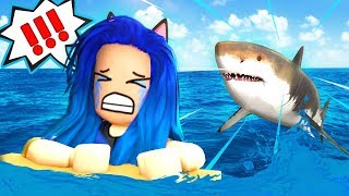 SCARED FOR MY LIFE! SHARK ATTACK IN ROBLOX!