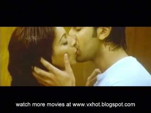 Bollywood Actress Sexy Kiss