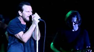 Pearl Jam: Chloe Dancer / Crown of Thorns - 7/19/13 - Wrigley Field - [Multicam/HQAudio] - Chicago