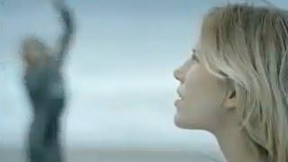 Alain Souchon - Le baiser (Clip officiel)
