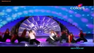 Shahrukh Khan Vs  Ranveer Singh- Duelo de baile