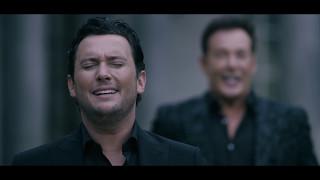Gerard Joling & Tino Martin - Laat Me Leven (Officiële Videoclip)