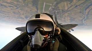 MiG-29 cockpit footage, dogfight with Typhoon and missile launch in one stunning Fulcrum video!