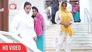 Divya Dutta And Shabana Azmi At Prayer Meeting Of Late Om Puri Ji | RIP Om Puri