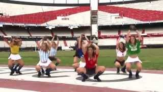 Coreografia da Música La La La de Shakira / TKM Brasil