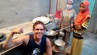 Local Muslim Cooking In The Philippines - Lukot Lukot