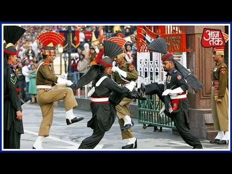 Xxx Mp4 India Pakistan Soldiers Fist Fight During Beating Retreat Ceremony 3gp Sex