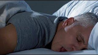 هذا ما يحدث لك إذا كنت من الذين ينامون على بطنهم.. سبحان الله !