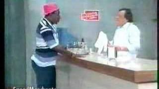 MUSSUM TOMANDO LEITE
