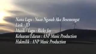 Nuan Ngasuh Aku Besemengat by Rickie Andrewson