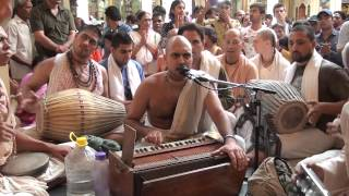 24Hours Kirtan - HG Vrindavan Das