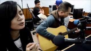 COKELAT Live Performance KARMA at Voice of Indonesia RRI