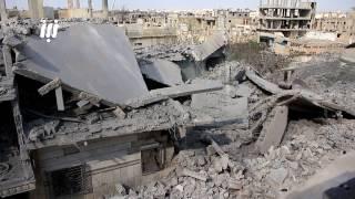 مشاهد للدمار الذي أحدثته صواريخ الفيل التي سقطت على أحياء درعا البلد في الليلة الماضية
