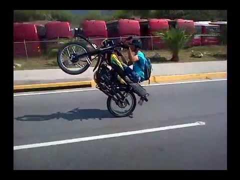 1 Junior Pirueta Moto Pirueta Extrema en la Guaira Junior Pirueta