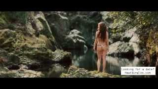 Natalie Portman stripping off to go for a swim  (Your Highness)