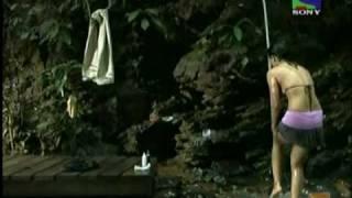 Sweta Tiwari Hot Bikini Top Shower.avi