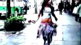 Danna Paola  Mundo de caramelo VIDEO CLIP OFICIAL