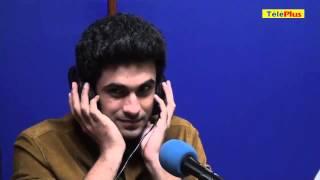 Sanam Puri dans le studio de Radio Plus