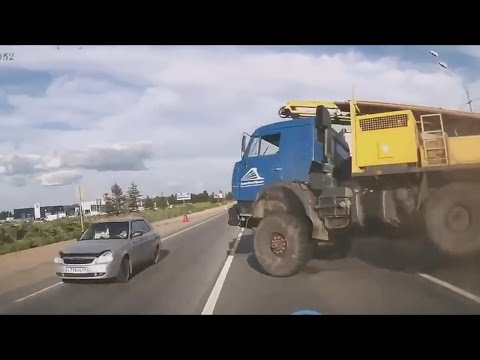 TRUCK CRASHES COMPILATION / 2015
