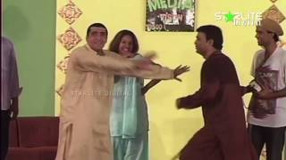 Zafri Khan, Sakhawat Naz and Naseem Vickyl New Pakistani Stage Drama Full Comedy Clip