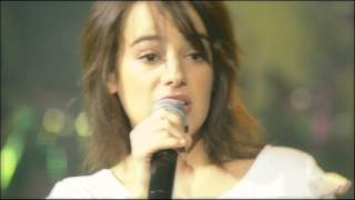Alizée - Alcaline - En Concert by Scruffydog with closed captions