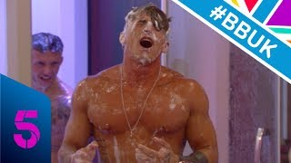 Hunks hit the showers! | Day 16