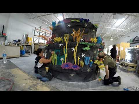 AAQ Insider's Look at the Making of the World's Tallest Underwater Christmas Tree