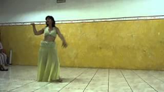 Oásis Estúdio de Danças e Terapias -  Dançarina e profª Andrea