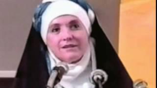 Download আলহামদুল্লিলাহ, খ্রিস্টধর্ম প্রচার করতে গিয়ে ইসলাম গ্রহণ করেন আমেরিকান এই নারী 3Gp Mp4