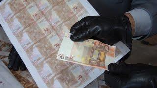 Peste 23 de mii de euro falși au fost confiscați de poliție