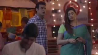 Aunty Drop Saree Seduce Boy in Cheap Way