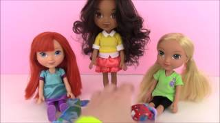 Dora and Friends Into the City Alana, Emma and Kate Kinder Egg Surprise!