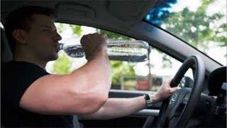 هل تعلم لماذا لا يجب أن تشرب زجاجة المياه الموجودة في سيارتك ؟ كن حذر جدا !